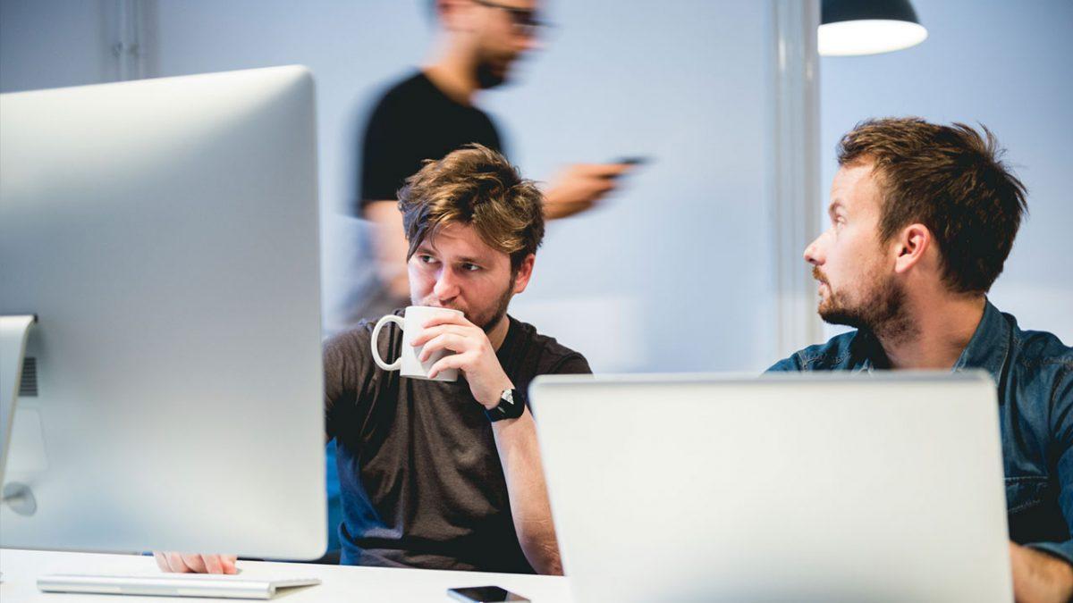 Hur kan man tjäna pengar på internet?